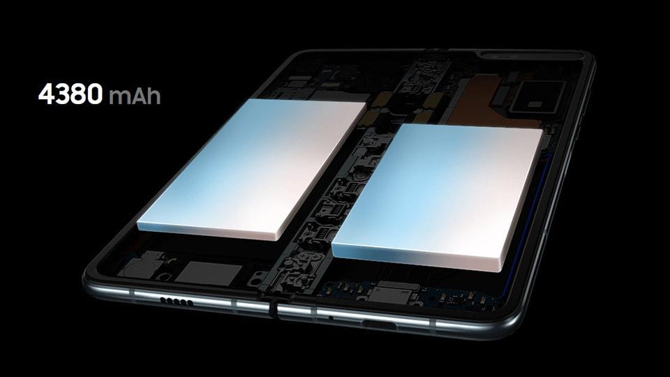 Pin của Galaxy Fold cũ 99%