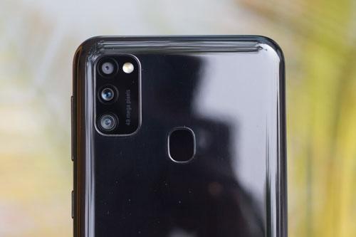 Cụm camera Galaxy M21 chính hãng