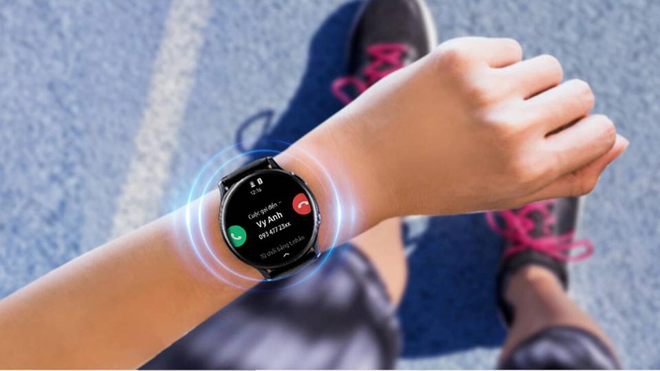 Nghe gọi trên Galaxy Watch Active 2 40mm bản Thép