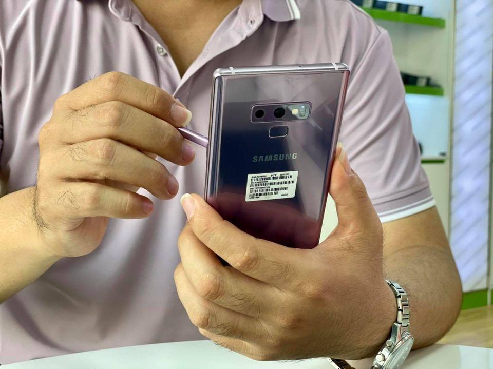 Thiết kế bóng bẩy của Galaxy Note 9 mới