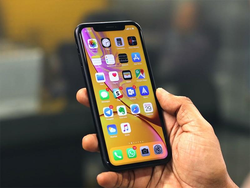 Màn hình iPhone 11