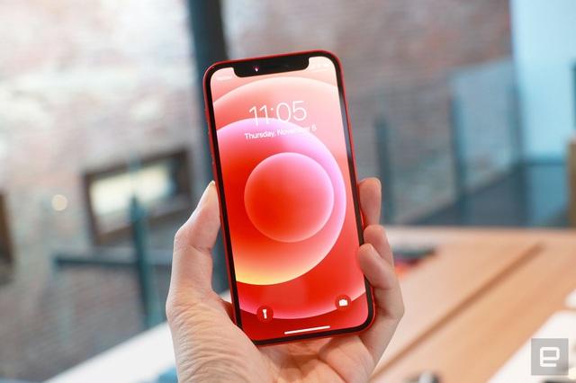 thiết kế của iPhone 12 demo xách tay Hàn