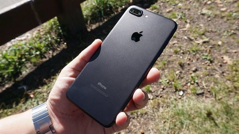 Có nên mua iPhone 7 Plus không?
